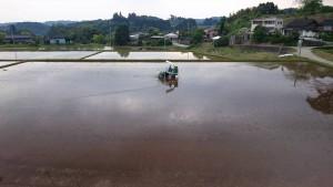 久住町白丹地区の田植えの準備