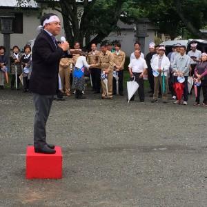 大野川上流開発事務所の加藤所長と、菅生地域の農業について話し合い。003