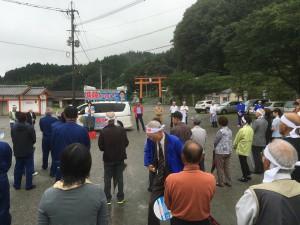 大野川上流開発事務所の加藤所長と、菅生地域の農業について話し合い。004