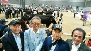 全国和牛能力共進会第4区系統雌牛群の部で、見事優勝03