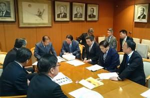 自由民主党県議団で、県民からいただいた要望を国に 大分県議会議員 土居昌弘