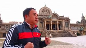 築地本願寺で朝のお勤め2  大分県議会議員 土居昌弘