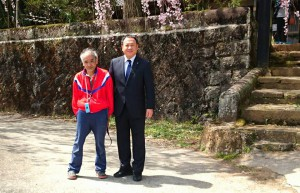 竹田は宮城の古庄さん家と、久住は白丹の木村さん家のしだれ桜 大分県議会議員 土居昌弘