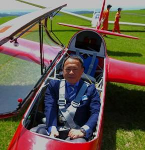大学生のグライダー全国大会「久住山岳滑翔大会」 大分県議会議員 土居昌弘