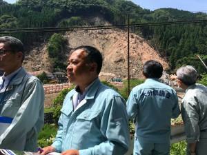 自由民主党大分県連の役員で、耶馬溪町金吉の土砂災害現場へ 大分県議会議員 土居昌弘