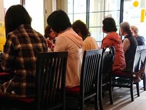 ボランティアで昼食会 大分県議会議員 土居昌弘